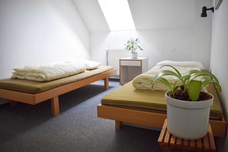 Zweibett_Zimmer_Tagungshaus_Zweischlingen_Bielefeld